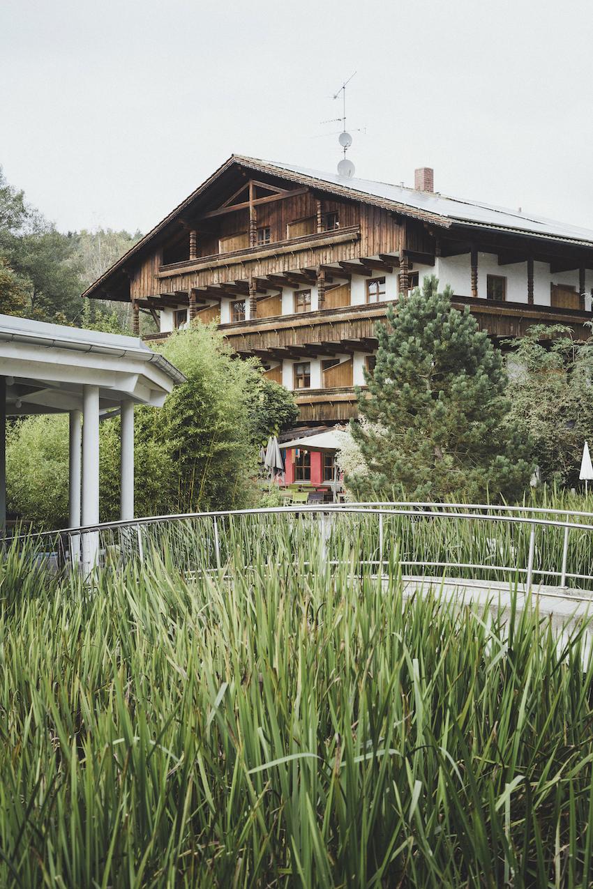 Perfect Hideout Das Adventure Camp Schnitzmuhle Im Bayerischen Wald Nebenseason